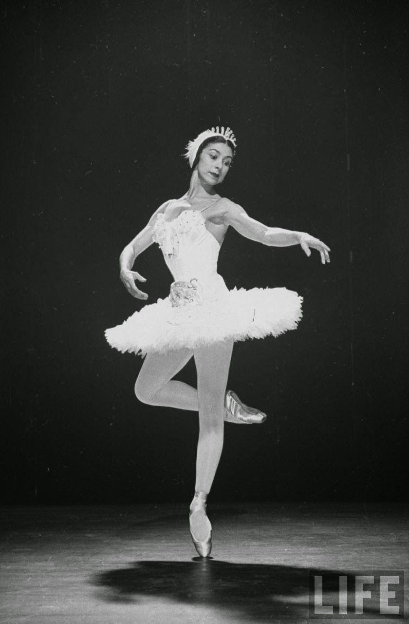 Beautiful Black and White Photos of Margot Fonteyn in ...