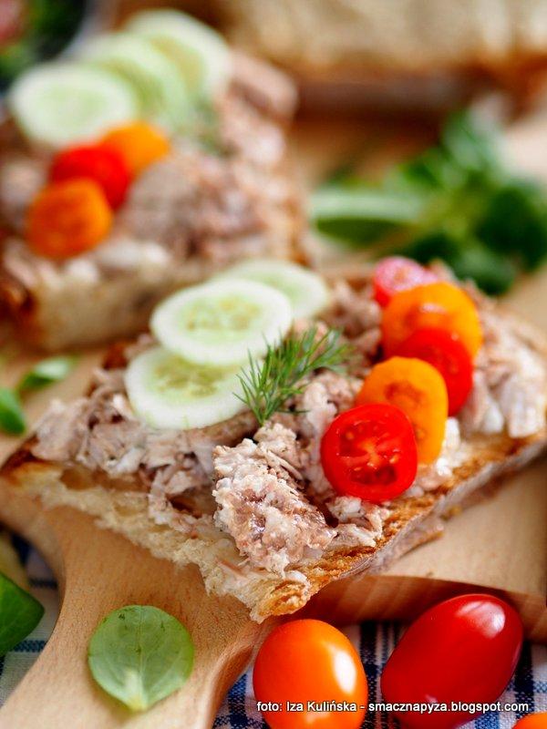 miesiwo w sloiku, wieprzowina w sosie wlasnym, mieso do kanapek, konserwa domowa, przetwory miesne, konserwy domowe