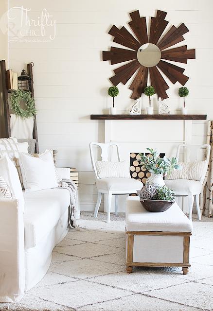 Modern farmhouse living decor and decorating ideas.