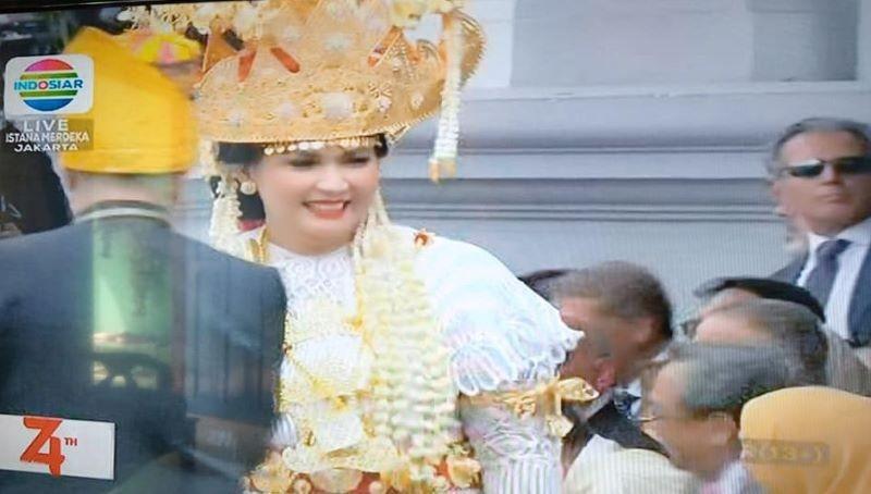 Pakaian Adat Lampung Juara Lomba Busana HUT ke-74 RI di Istana Negara