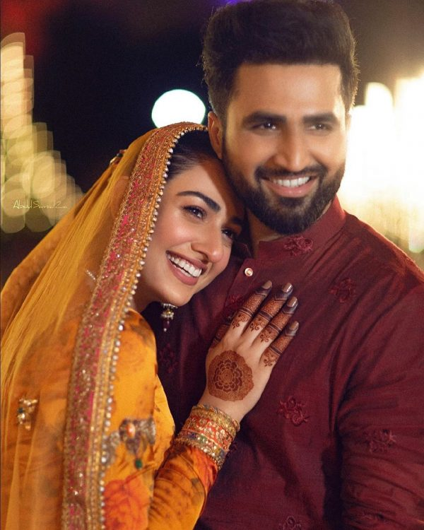 Sarah Khan and Falak Shabbir Mehndi HD Clicks are Here