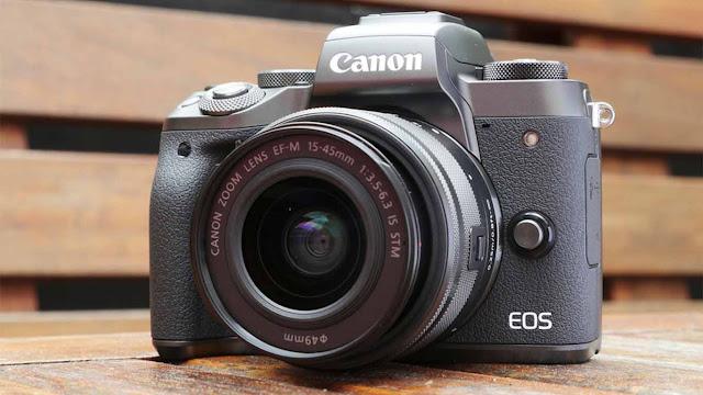 Kamera Mirrorless terbaik 2019 Beserta Spesifikasinya