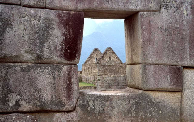 Sacsayhuaman :The Living Stones of Sacsayhuaman Peru