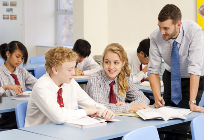 Các trường trung học công lập ở Mỹ rất khó để đăng ký du học