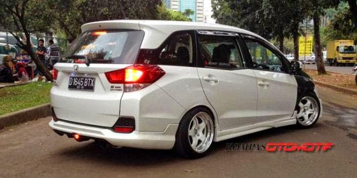 Kumpulan Gambar Modifikasi Mobil Honda Mobilio Terbaru 2017