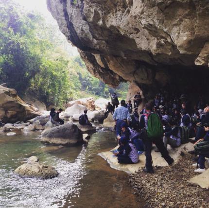 Wisata Alam Goa Purba Sanghyang Poek Bandung