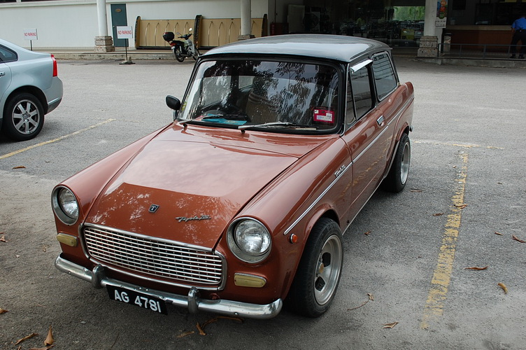 Orangkecilorangbesar: Toyota Publica 700