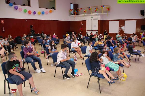 Fuencaliente homenajea a su comunidad educativa con una fiesta de fin de curso para los escolares del municipio