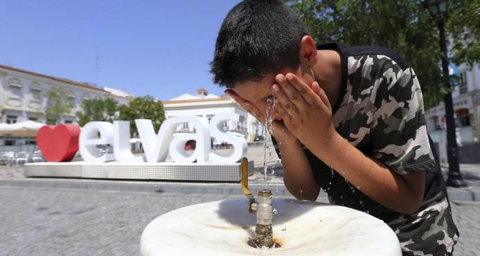 La OMM prevé nuevas olas de calor este verano y temperaturas récord en 2017