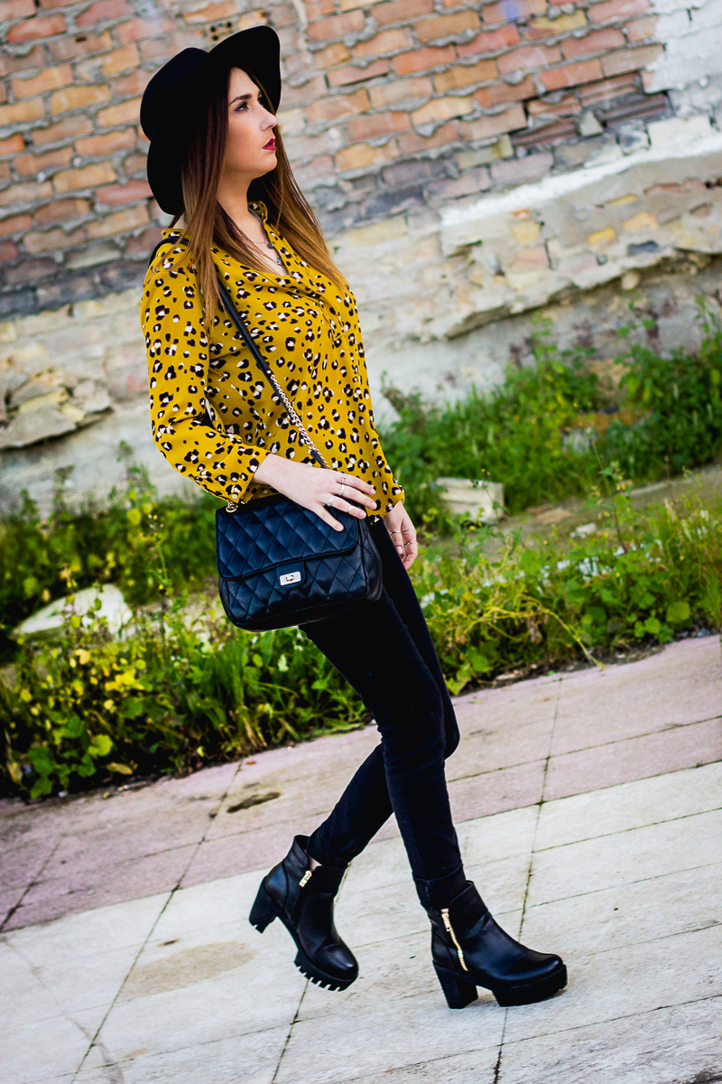 camisa de leopardo