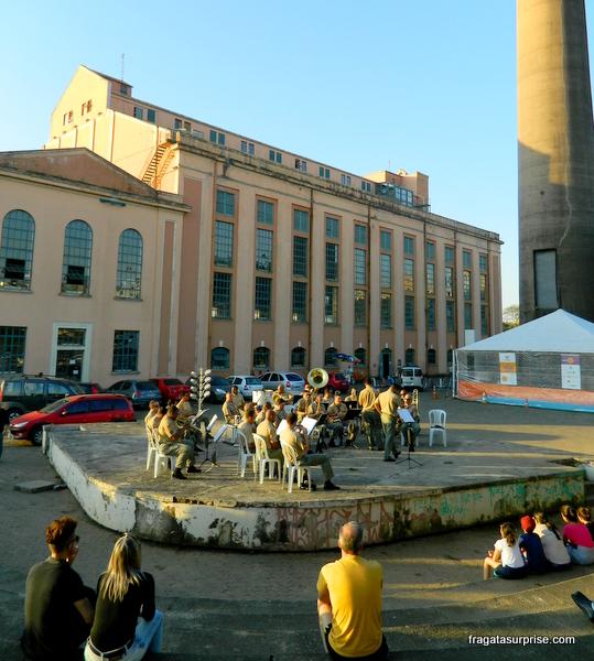 Banda de música na Usina do Gasômetro, em Porto Alegre