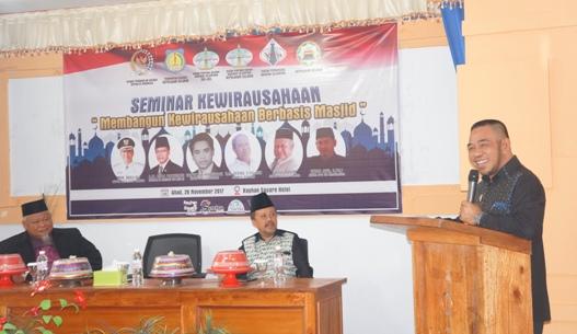 Wabup Kep. Selayar, Buka Seminar Kewirausahaan Berbasis Masjid
