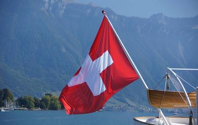 مواطنو سويسرا يصوتون ضد منع العمالة الأجنبية من العمل
