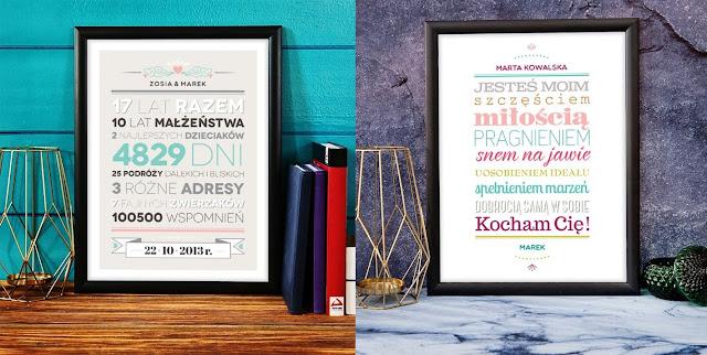 tablica z życzeniami, wydruk życzeń w ramie, tablica wspomnień na rocznicę, grafika z datami na rocznicę ślubu lub związku, prezent dla pary zakochanych albo małżeństwa