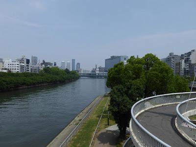 天神橋からみた中之島公園