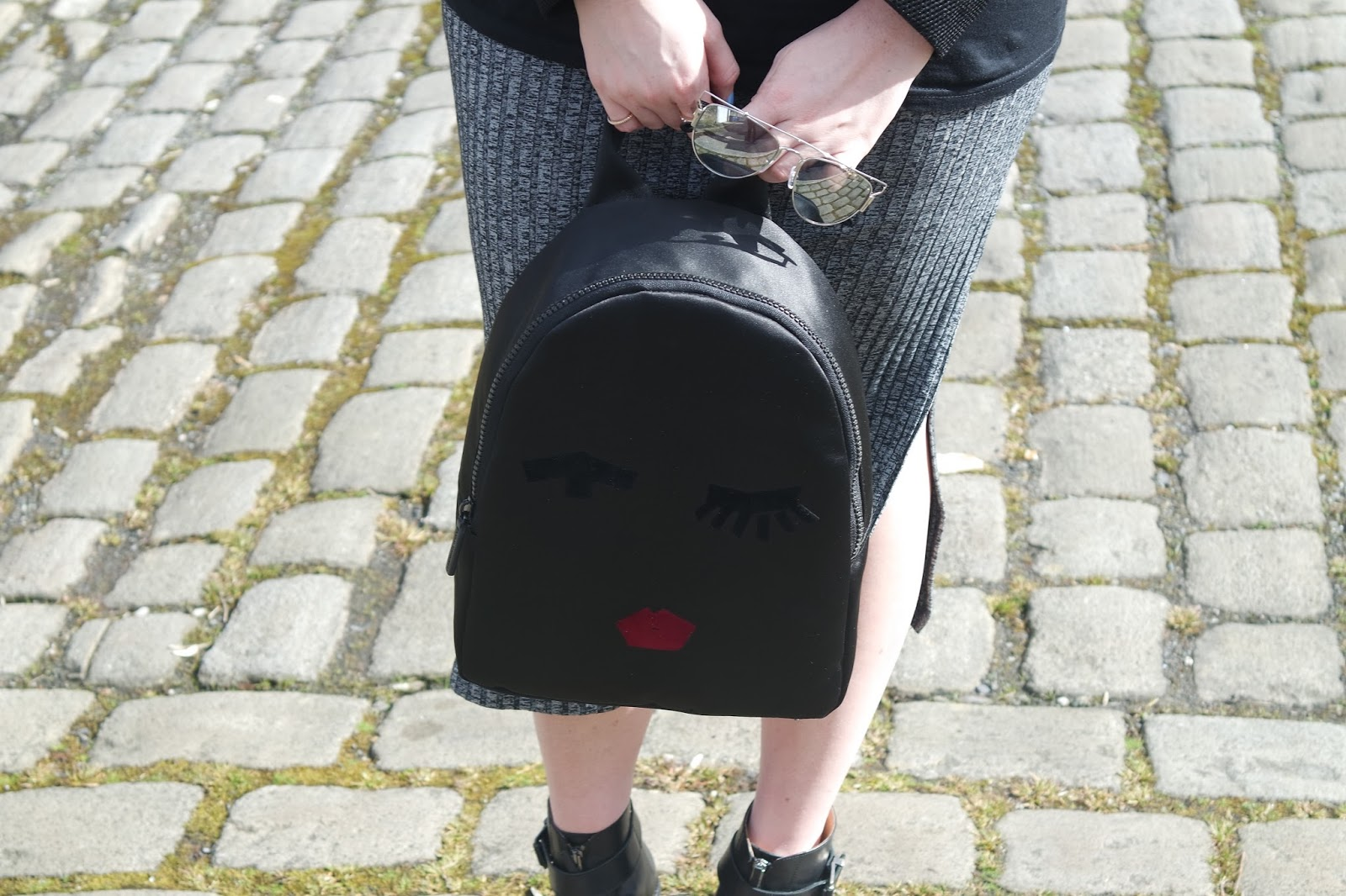 Keepin' it casual with Lulu Guinness.