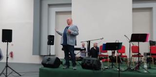 Χυδαiο σeξιστικό ανέκδοτο από τον Μπέο για τη μέρα της γυναίκας (Video)