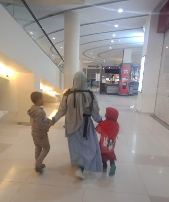 Ibu Madrasah Pertama Bagi Anak