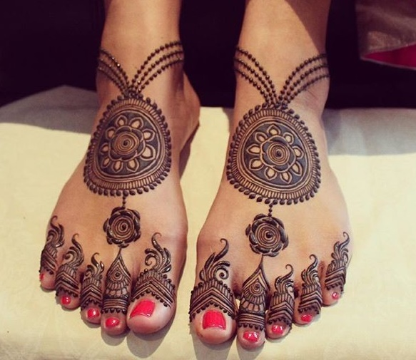 28 Simple And Easy Payal Style Leg Mehndi Designs Foot Henna