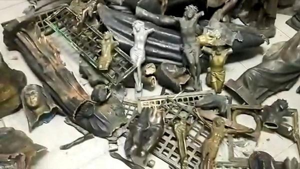 Peças furtadas de cemitério no ES são encontradas em ferro-velho em Campos