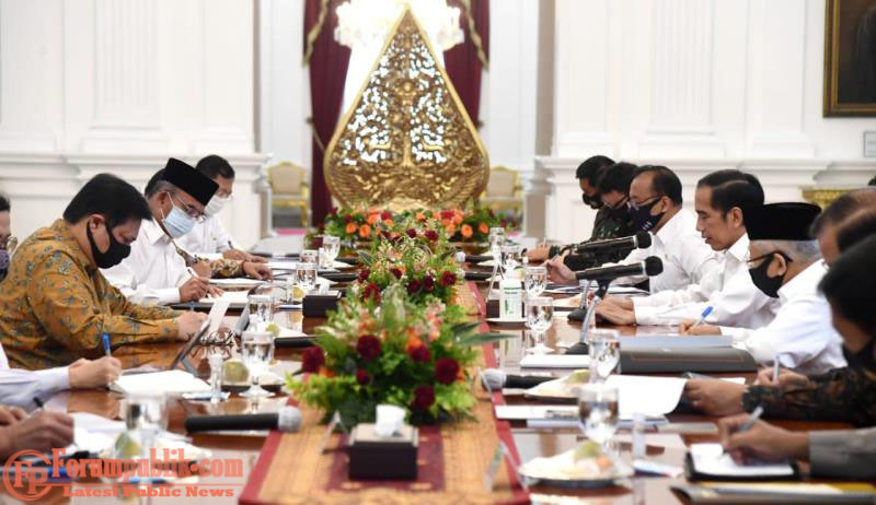 Jokowi: Fokus Pada 3T dan Tingkatkan Faskes Berikut Disiplin Protokol Kesehatan