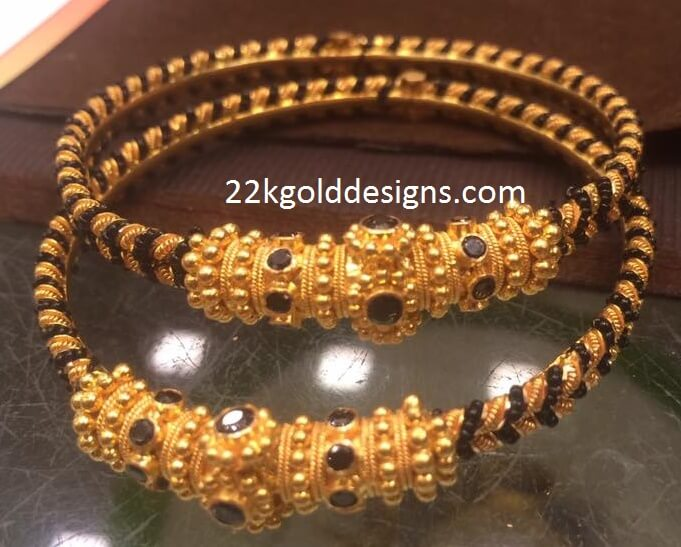 Gold Black Beads Bangles Set