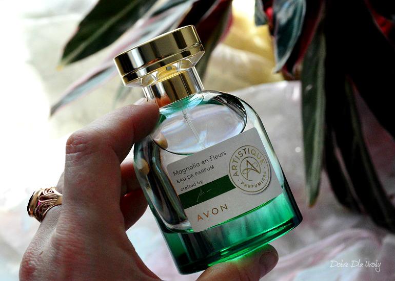 Avon Artistique Magnolia en Fleurs Woda perfumowana - recenzja