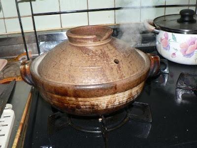 鍋から湯気