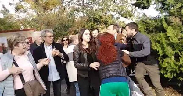 Ενταση στην Πολυτεχνική Σχολή του ΑΠΘ - Φοιτητές κατέστρεψαν το στεφάνι του ΣΥΡΙΖΑ (vid)