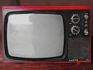 Pengalaman Memperbaiki TV Mati Total Dengan Mudah