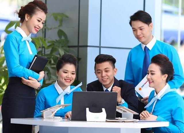 Đồng phục phải thể hiện được ngành nghề, thương hiệu công ty