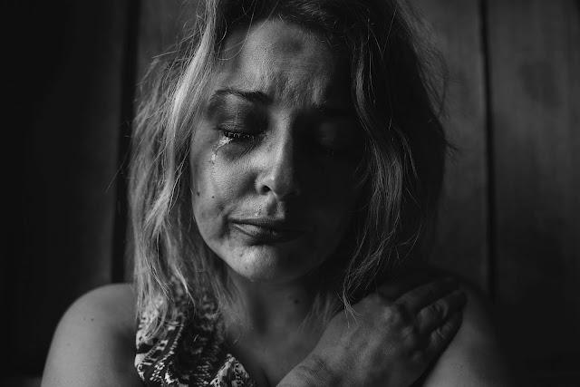 الأشخاص الأكثر انتحارا لديهم نفس أعراض الاكتئاب