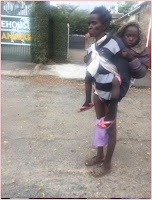 Heartbreaking story of this woman who camps along State House Road with her daughter, this is so sad (PHOTOs)