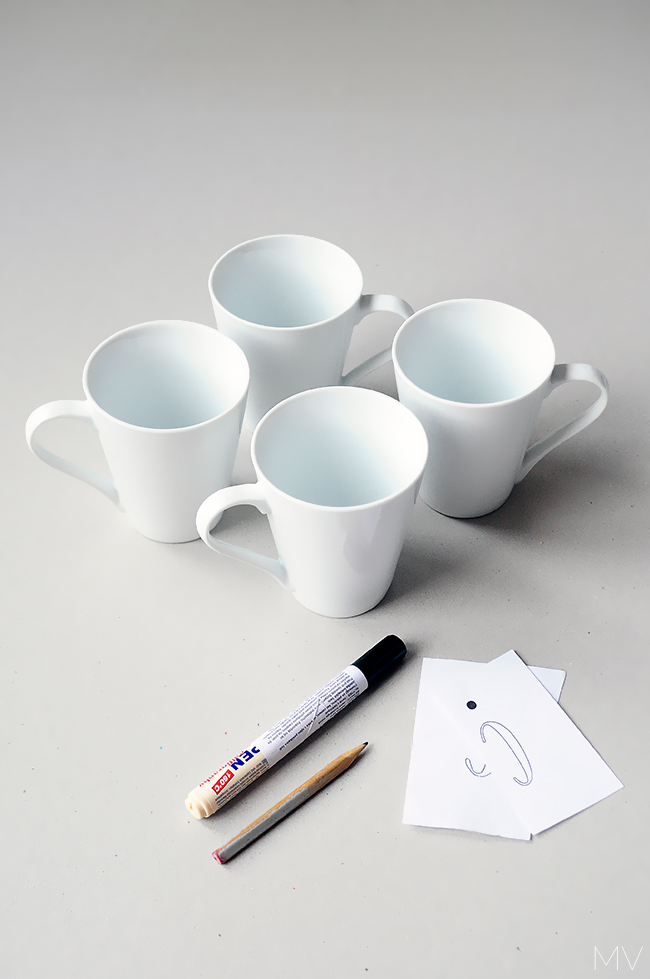 DIY personalized mugs - gift idea