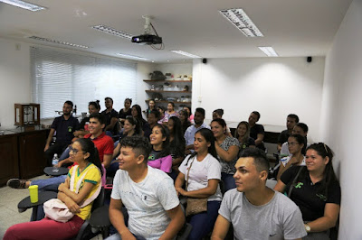 Alunos da Federal do Pará participam de palestra na CPRM