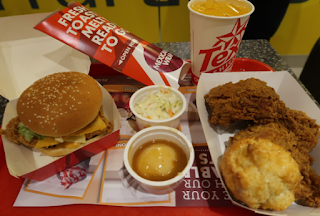 americano coffee, ayam goreng, cake, cappucino, fastfood restoran, Food Review, hot chocolate, latte, makanan segera, Review, Suria KLCC, tempat makan KL, Tex Cafe, Texas Chicken, Texas Chicken KLCC, western food,
