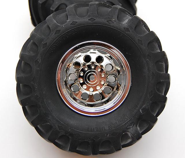 Tamiya TXT-1 tires