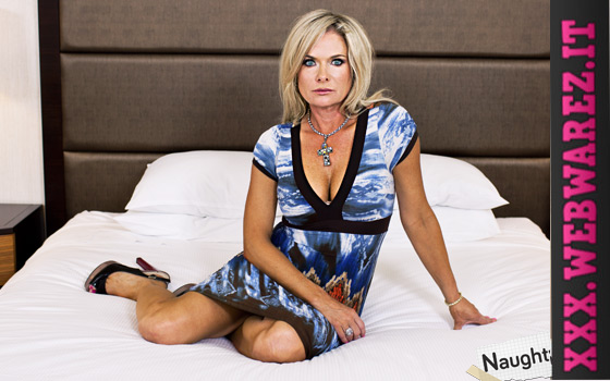 Mom POV – Hillary – 48 year old HOT cougar likes to golf (2014) [OPENLOAD]