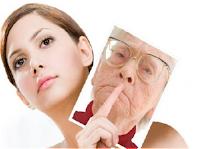 Apakah Anda ingin wajah Anda tampak muda Tips Menjaga Wajah Agar Tampak Lebih Muda