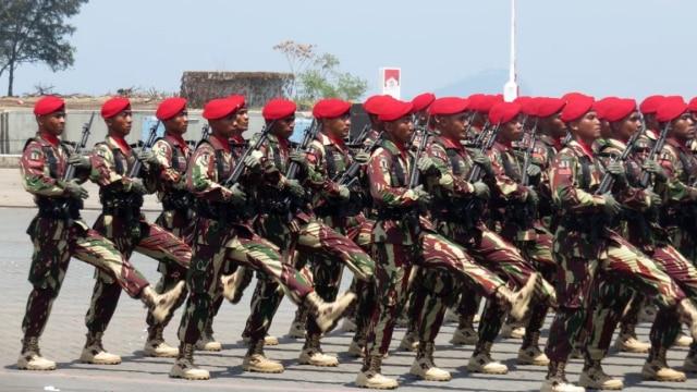Ratusan Prajurit TNI Tiga Matra Gabung di Denwalsus Prabowo