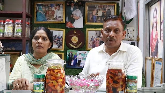 Krishna Yadav and Goverdhan Yadav and their pickels shop.