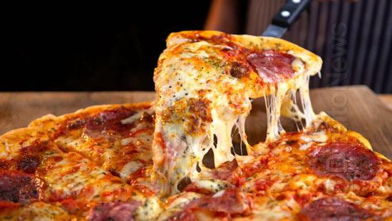 justica nega indenizacao consumidor pizza larvas