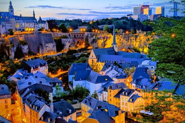 Things to do in Luxembourg City: admire the lights after dark