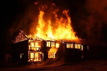 Arti mimpi rumah kebakaran atau melihat api