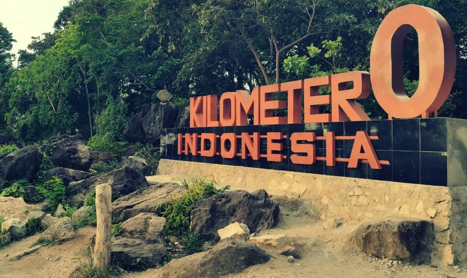 Yuk Guys! Selfie Di Tugu Nol Kilometer Indonesia