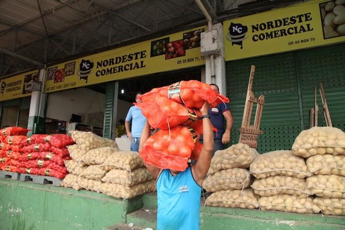 Valores dos produtos da cesta básica da Ceasa no Ceará sobem em 28%