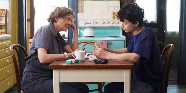 Dorothea (Annette Bening) et Jamie (Lucas Jade Zumann) dans 20th century women de Mike Mills (2016)