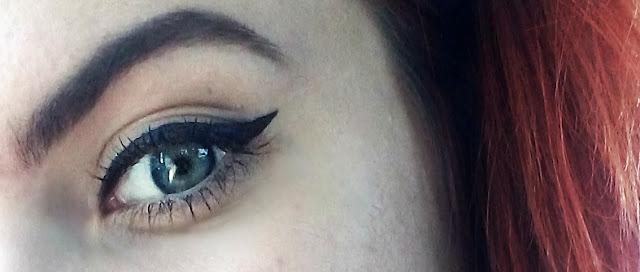 eyeliner line, linija tuša, oko