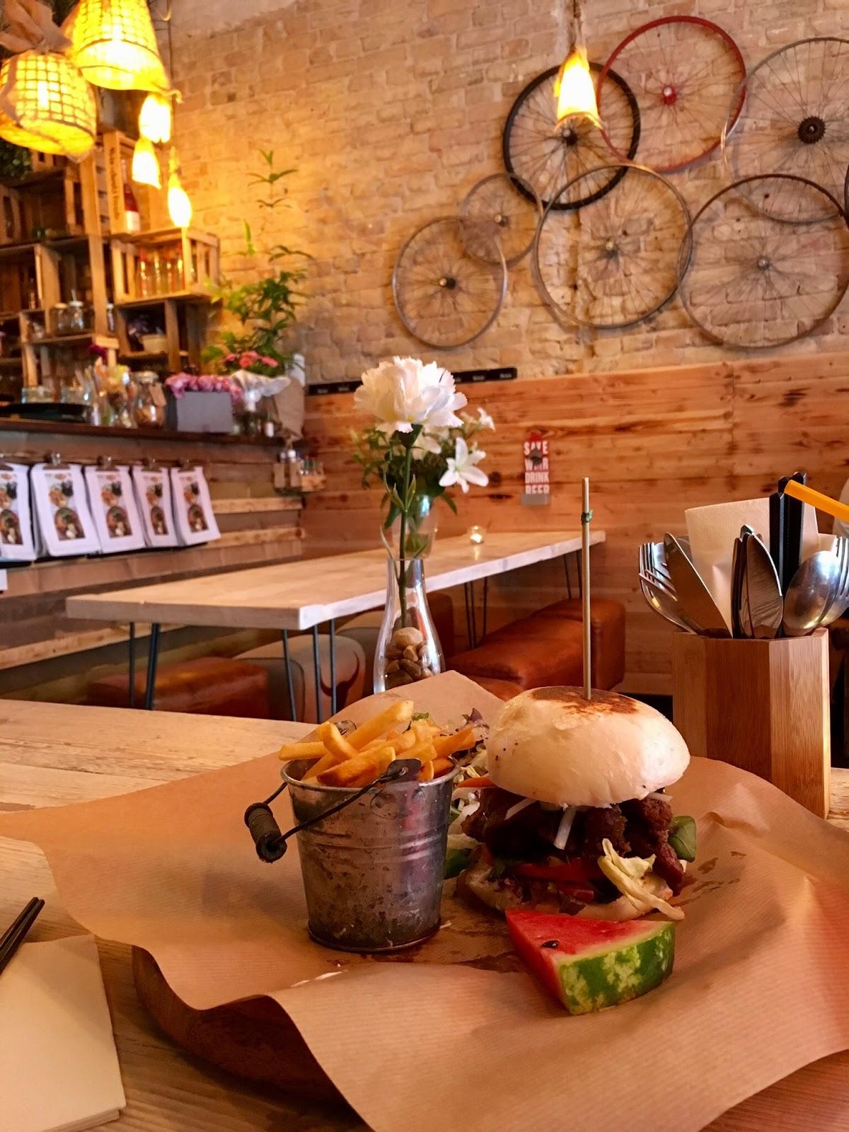 Le Chameau Bleu - Blog Voyage Berlin Allemagne - Restaurant fusion PAN BAO