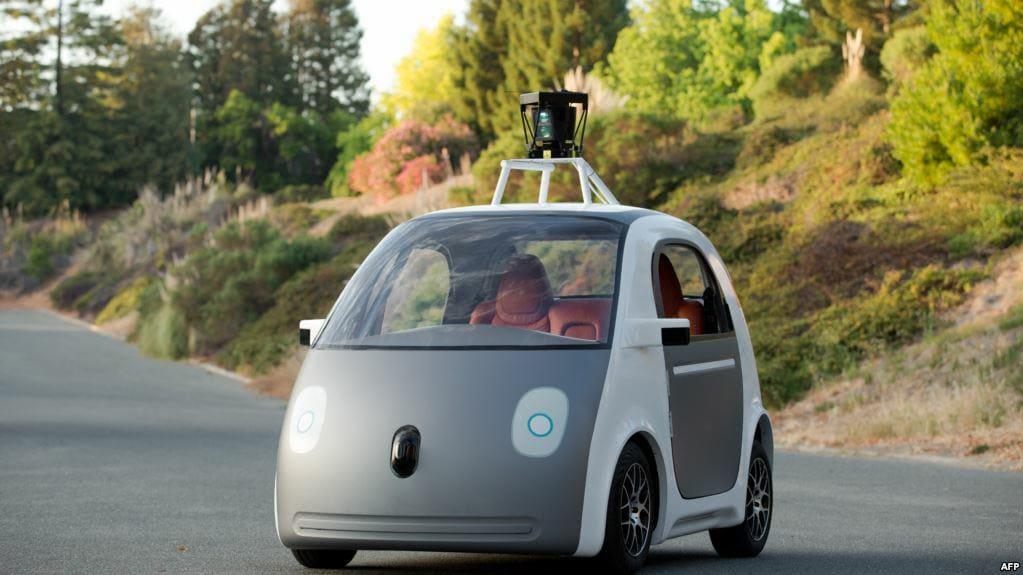 سيارة ذاتية القيادة